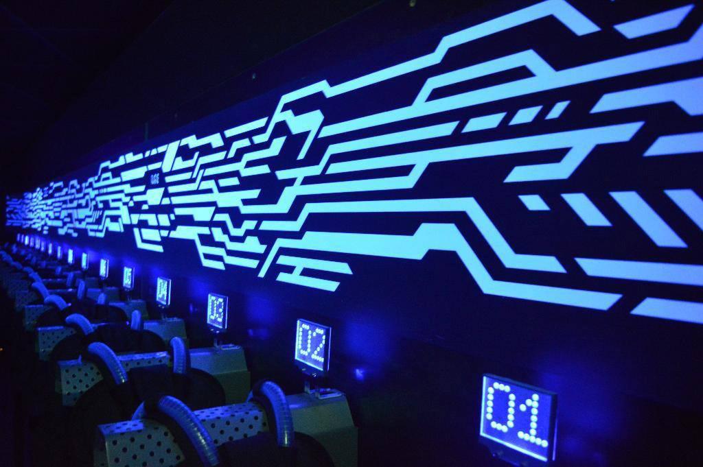 laser game evolution portet sur garonne laser game portet sur garonne. Black Bedroom Furniture Sets. Home Design Ideas