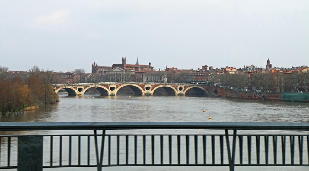 Toulouse au matin, depuis le TRAM
