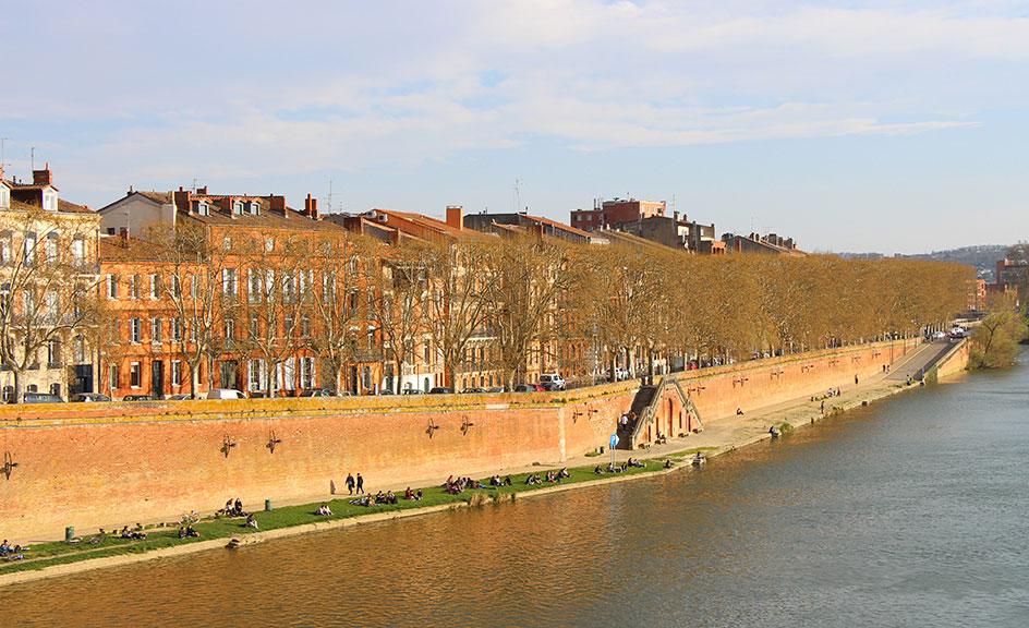 Les mythiques berges de la Garonne depuis le Pont Neuf