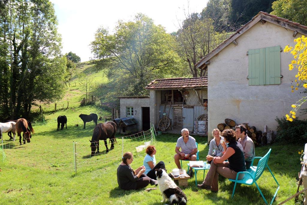 Cheval Hautes Pyrénées les Oréades Pique Nique