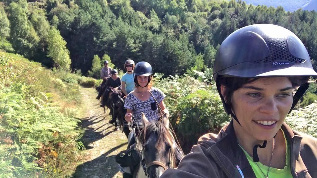 Randonnée cheval hautes pyrénées les oréades