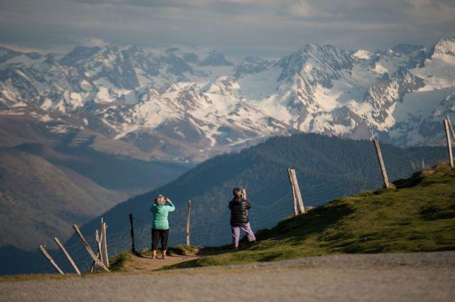 Visit & Discover the Vallée des Nestes