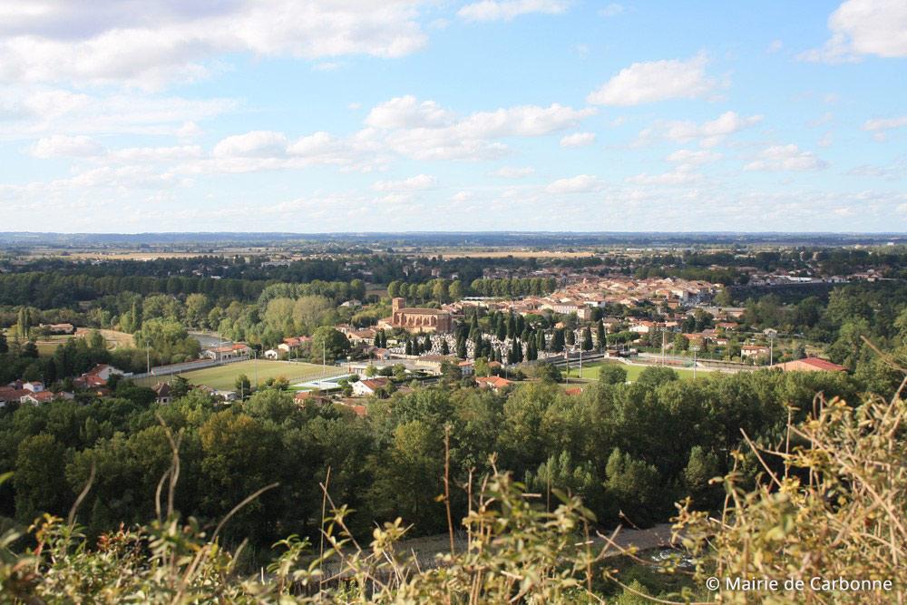 La ville de Carbonne, depuis le coteaux