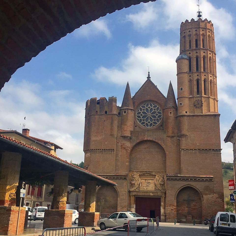 Eglise Saint-Victore de Montesquieux-Volvestre