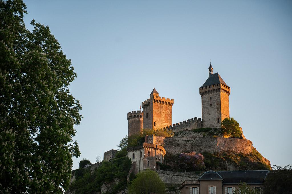 Les 3 Tours de la silhouette bien connue de Foix